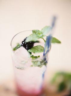 Hawaiian Blackberry Mojitos #recipe