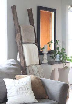 Beautiful modern farmhouse living room decor ideas (35)