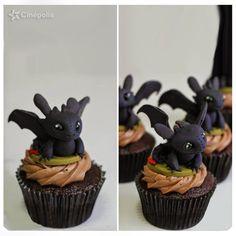 Quiero ir a Cinépolis por uno de estos Cupcakes de Chimuelo Dragones