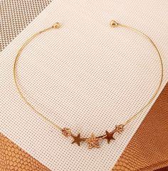 Choker Noite de Estrelas  Choker, choker de estrela, tendência estrelas, verão 2018, acessórios, moda, Style, fashion, fashionismo, look do dia, choker dourada