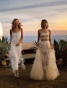 """blissfully-chic: """"Taylor Swift & Karlie Kloss in """"On The Road"""" for Vogue US, March 2015 Photographed by: Mikael Jansson """" Karlie Kloss Taylor Swift, Taylor Swift Moda, Taylor Swift Style, Taylor Alison Swift, Taylor Swifr, Live Taylor, Vogue Us, Glamour, Vogue Magazine"""