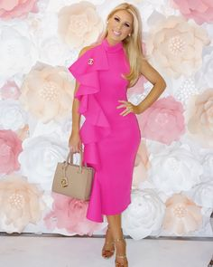 641.9k Followers, 603 Following, 2,997 Posts - See Instagram photos and videos from Gretchen Christine Rossi (@gretchenrossi) Real Housewives, Chen, Peplum Dress, The Incredibles, Photo And Video, Beauty, Dresses, Posts, Vestidos