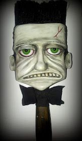 Recycled Art Projects, Cool Art Projects, Paint Brush Art, Paint Brushes, Polymer Clay Sculptures, Sculpture Clay, Halloween Paper Crafts, Rustic Halloween, Textile Fiber Art