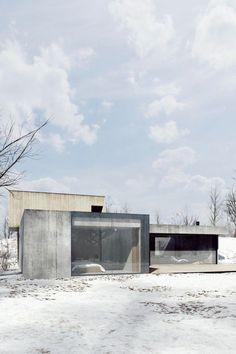 Studio de.materia est une agence de design et d'architecture polonaise, à l'origine de cette très belle construction située à Poznań. Cette habitation fami