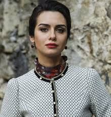 birce akalay - Buscar con Google Interesting Faces, Crushes, Chokers, Hollywood, Female, Stars, Celebrities, Beautiful, Turkey