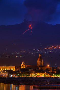 Mt. Etna, 2008 Source:  http://www.pinterest.com/pin/find/?url=http%3A%2F%2Fwww.flickr.com%2Fphotos%2Fgiuseppefinocchiaro%2F2499113883%2F