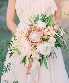 84 Bouquets de noiva com Próteas 2017: vai render-se a esta flor! Image: 33