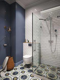 Descubre estos tips para decorar tu cuarto de baño pequeño. En nuestro post ofrecemos muchos consejos para que tu baño deje de ser pequeño. Te lo vas a perder? #baños #pequeños #design #decoration