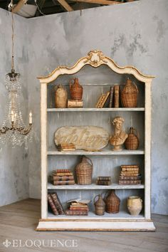 Eloquence Rousseau Bookcase Gilt and Shabby Antique WOWZA! Blue Furniture, Furniture Making, Painted Furniture, Diy Furniture, Furniture Storage, Style Rustique, Decoration Originale, French Decor, Painting Cabinets