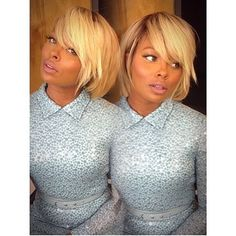 Eva's bob...wow pinning this because of how beautiful this cut and color is on her !