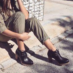 Zapatos para otoño con descuentos en Liberitae.com   #liberitae #liberitaeshoes #zapatos #zapatosdepiel #piel #leather #leathershoes #shoes #shoedesign #moda #fashion #style #hechoenespaña #lookdehoy #outfitdeldia #otoño #otoño2017 #otoñoliberitae
