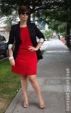 Divina Ejecutiva: Mis Looks - Un vestido rojo