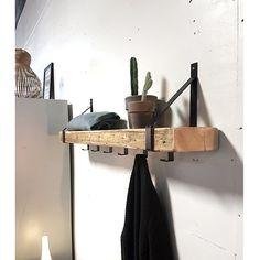Wall Bookshelves, Wood Shelves, Floating Shelves, Diy Coat Rack, Entry Hallway, Entryway, Wood Steel, Timber House, Bath And Bodyworks