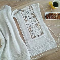 Browse lots of Free Crochet Patterns. We have compiled crochet pattern and knitting patterns. See all of crochet and knitting patterns. Débardeurs Au Crochet, Cardigan Au Crochet, Crochet Capas, Pull Crochet, Crochet Baby Toys, Cotton Crochet, Crochet Cardigan, Crochet Clothes, Crochet Stitches