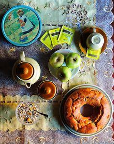 La foresta incantata: Ciambella alle Mele con Yogurt e Cannella (Apple Cake with Yogurt and cinnamon)