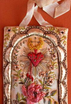 antique, beautiful, sacred heart of jesus, silk embroidery scapular Peru detente
