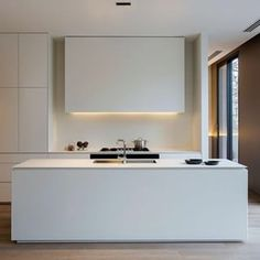 Instagram photo by interiorsme - #kitchen #minimalist #cleanlines #porcelain #interiordesign #interiorarchitecture #interiors #interior #architect #designer #interiordesigner #ime #interiorsme #regram Image credit @artedomus @carrdesigngroup