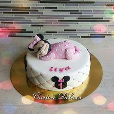 Gâteau Minnie modelage réalisé par mes soins