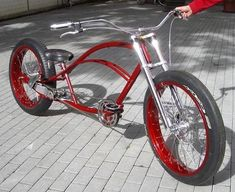 for Fireblades and came up with this. Custom Beach Cruiser, Beach Cruiser Bikes, Cruiser Bicycle, Motorized Bicycle, Velo Vintage, Vintage Bicycles, Cool Bicycles, Cool Bikes, Dh Velo