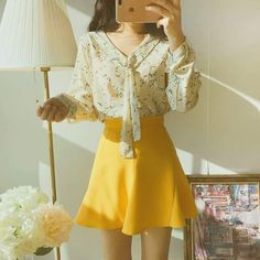 imagines - Zodiac- First date outfit🔆 Cute Fashion, Asian Fashion, Look Fashion, Girl Fashion, Fashion Outfits, Fashion Design, Preppy Outfits, Korean Outfits, Cool Outfits