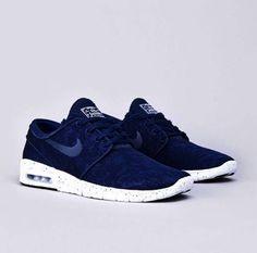 Navy Nikes!