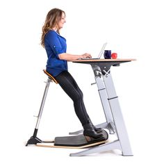 Join the Upright Revolution and the next generation of standing desk design!