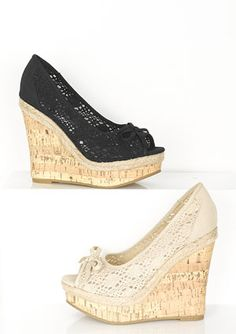 Tendance chausseurs : dELiAs > Maggie Wedge > shoes > wedges crochet wedgesI love these! Pretty Shoes, Beautiful Shoes, Cute Shoes, Me Too Shoes, Dream Shoes, Crazy Shoes, Wedge Shoes, Shoes Heels, Louboutin Shoes