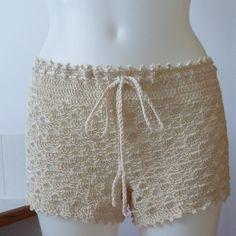 The Crochet Awards 2015 Judges' Nominee - Best Pants/Shorts - Crocheted Beach…