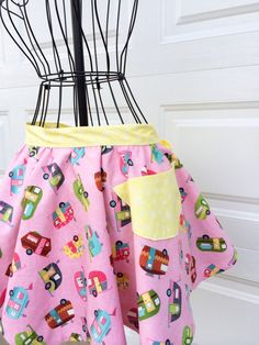 Glamping Apron - Airstream Camper Print Reversible Apron with Chevron by LindasOtherLife on Etsy https://www.etsy.com/listing/187871582/glamping-apron-airstream-camper-print