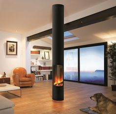 Find out all of the information about the Focus product: wood-burning fireplace / gas / contemporary / closed hearth SLIMFOCUS SUR PIED. Contact a supplier or the parent company directly to get a quote or to find out a price or your closest point of sale. Suspended Fireplace, Freestanding Fireplace, Modern Fireplace, Fireplace Design, Appartement Design, Stove Fireplace, Gas Fireplaces, Log Burner, Electric Fireplace