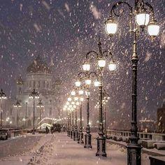 Good night IG 🌟 Location: Moscow Cred: @elenakrizhevskaya 🌟