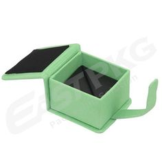 Green Velvet Jewelry Box Custom Packaging, Jewelry Packaging, Box Packaging, Tin Boxes, Wooden Boxes, Custom Printed Boxes, Non Woven Bags, Packaging Manufacturers, Cosmetic Box