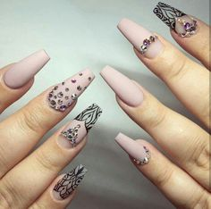 There are most popular designs for coffin nails in our gallery. Find out which designs are the most complementary for coffin nails and recreate your favorite ones. Check out our trendy ideas and get inspired. Elegant Nails, Stylish Nails, Rhinestone Nails, Bling Nails, Gold Nails, Cute Nails, Pretty Nails, Hair And Nails, My Nails