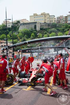 Ocean Blue Magazine had an incredible day in Monte Carlo! The Monaco Grand Prix F1 finished with the unexpected victory of Nico Rosberg ahead of Sebastian Vettel and Lewis Hamilton. In attendance was TSH Prince Albert II, Princess Charlene, Andrea and Pierre Casiraghi. ‪#‎MonacoGrandPrix2015‬ Photo courtesy of © Photo : Frédéric Nebinger / Palais Princier de Monaco