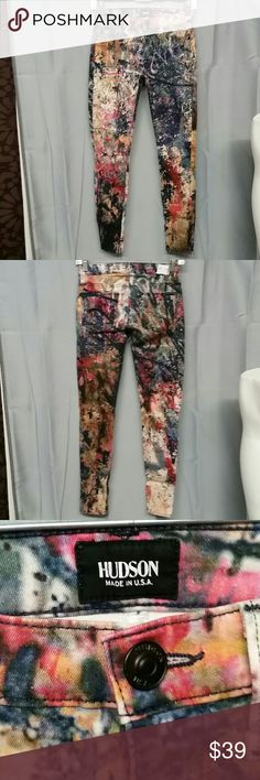 Hudson Nico super skinny jeans size 23 Very colorful Hudson Jeans Nico super skinny size 23 length is 35 inches inseam is 26 inches Hudson Jeans Jeans