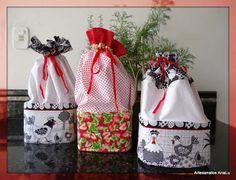 Cesto para pão de forma Fabric Crafts, Sewing Crafts, Sewing Projects, Projects To Try, Home Crafts, Diy And Crafts, Arts And Crafts, Recycled Crafts, Sewing Tutorials