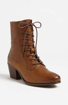 Found: A Perfect Lace-Up Vintage-Inspired Frye Ankle Boot