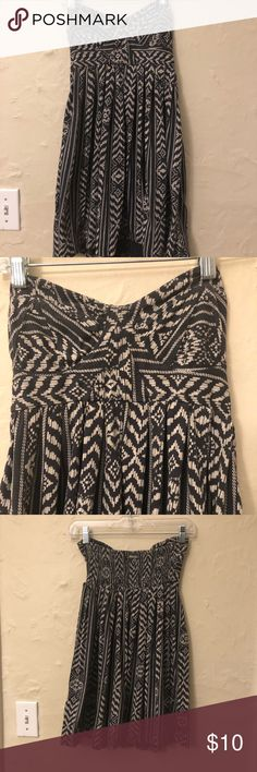 Billabong Strapless Dress Very cute day dress! Comfy and a great length Billabong Dresses