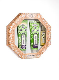 Gift Set Hair - Containing Shampoo+Bodywash (All Hair Types) , Conditioner and Body Oil.