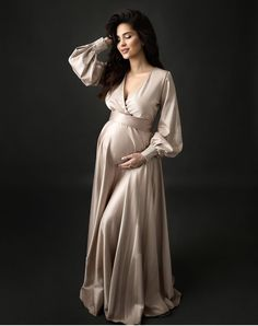 62 Ideas for baby fashion photoshoot maternity photography Maternity Gowns, Maternity Portraits, Maternity Session, Maternity Pictures, Pregnancy Outfits, Pregnancy Photos, Pregnancy Info, Maternity Studio, Studio Maternity Photography