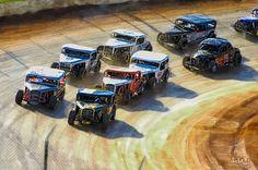 Coupe Racin' - Doctorsid - 411 Motor Speedway Dirt Track Racing www.ArtOfAutos.com