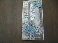 kaart met bloemen en vogelhuisje van Memorybox, papier is van Papermania.