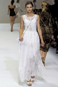 Dolce & Gabbana - Spring Summer 2011 Ready-To-Wear - Shows - Vogue.it