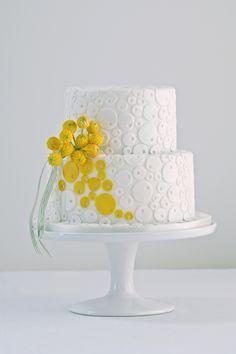 Yellow circles cake by Cakes by Krishanthi