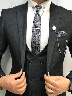 Size: Suit material: viscose, poly Machine washable : No Fitting :Slim-fit Remarks: Dry Cleaner Season : 2019 Spring Wedding Season Grey Slim Fit Suit, Grey Suit Men, Dark Gray Suit, Black Suits, Grey Suit Wedding, Wedding Men, Habit Vintage, Dress Suits For Men, Suit For Men