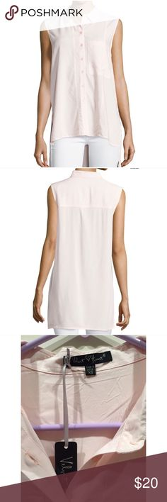 "☀️NWT Velvet Heart Darby Sleeveless Collar Blouse Velvet Heart ""Darby"" woven blouse. New with tags, size extra small. Spread collar; button front. Sleeveless. Pocket at left chest. Relaxed silhouette. High-low hem; side slits. Velvet Heart Tops Blouses"