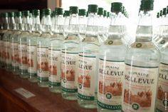 [Guadeloupe (Marie-Galante)] - Distillerie Bellevue Capesterre - Rhum blanc 59° - Médaille d'argent 2014 concours agricole Paris