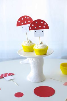 Food Photography - Cupcakes with Paper Mushroom Toppers