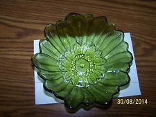 Vintage Green Pressed Glass Sunflower Pattern Bowl Dish