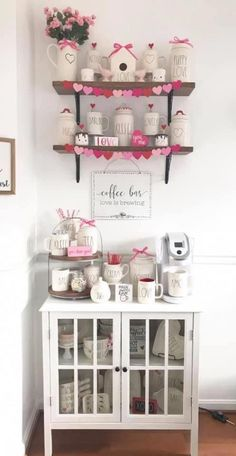 Nothing tunes a very good cup of coffee whenever you need a demolish between shops or attractions. Coffee Bar Home, Coffee Corner, Coffee Bars, Shabby Chic Kitchen, Kitchen Decor, Seasonal Decor, Holiday Decor, Home Bar Decor, Cocoa Bar